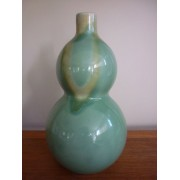 Green double gourd vase