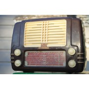 HMV Little Nipper radio